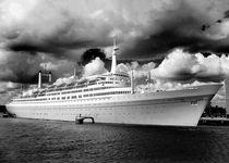 SS Rotterdam von Thomas van der Willik