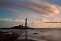 Lighthouse After Sunrise von David Pringle