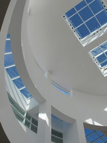 Curves of Getty Museum von dayle ann  clavin