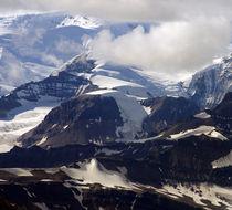 schneebedeckte Berge im Wrangell St. Elias Nationalpark by Reinhard Pantke