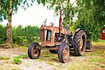 verrosteter Traktor von tinadefortunata