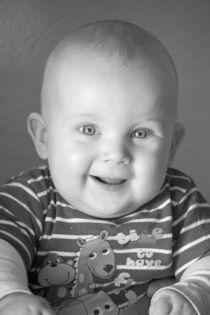 Baby schwarz weiß von Sven Schubert