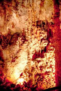 Tropfsteinhöhle in den Rhone Alpes von Gina Koch