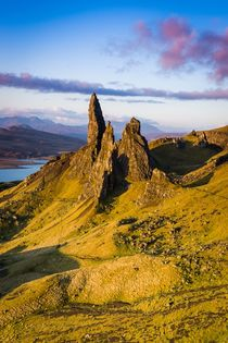 Sunrise over Old Man of Storr by Maciej Markiewicz
