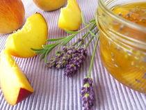 Pfirsichkonfitüre mit Lavendel by Heike Rau