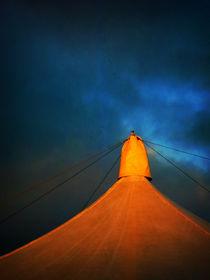 Orange Tent von florin