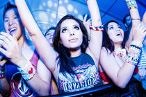 Up Front at the Rave by swanfoto