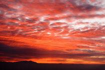 Sunrise over the Himalayas. von Tom Hanslien