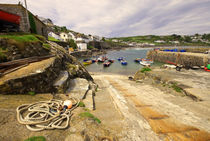 Coverack Harbour von Rob Hawkins