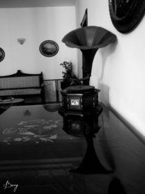 Jetés dans les Années 30 by Roberta Denicolo