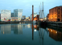 Albert-dock-pump-house1