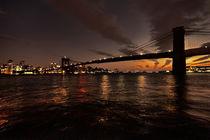 Dusk over Brooklyn Bridge by Rob Hawkins