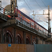 S-Bahn - Hauptbahnhof - Berlin by captainsilva