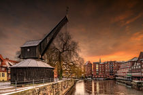 'Alter Kran Lüneburg' by photoart-hartmann