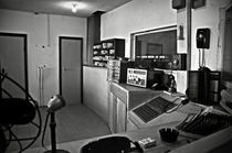 Control room in Alcatraz Prison by RicardMN Photography
