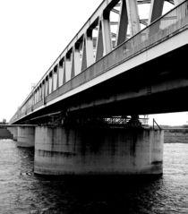 Eisenbahnbrücke  by Bastian  Kienitz