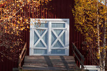 Blue barn door by Intensivelight Panorama-Edition