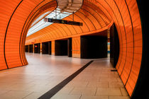 ORANGE SUBWAY STATION II. von Martin Dzurjanik