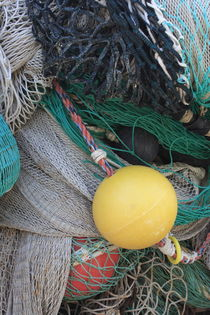 Yellow buoy and nets by Intensivelight Panorama-Edition