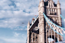 Tower Bridge I by kaotix
