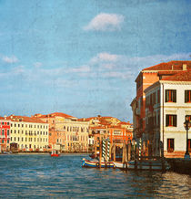 Grand Canal in Venice, Italy.Photo in old color image style. von Serhii Zhukovskyi