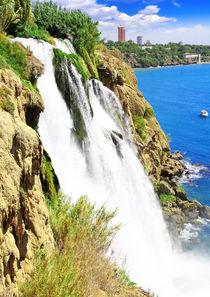 The Big waterfall (Duden) in Antalya. von ivantagan