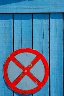 NO PARKING sign. von Gordan Bakovic