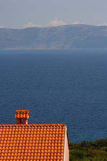 A lonely house in the Mediterranean. by Gordan Bakovic
