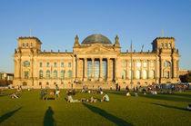 Berlin-reichstag-summer