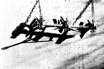 Aufgehängter Pflug  by Bastian  Kienitz