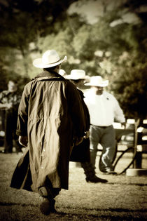Trenchcoat-cowboy-8-x-12