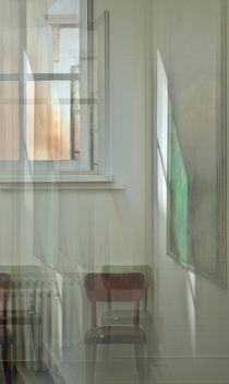 'fenster & stuhl 5' by fotokunst66