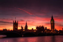 Sunset over Parliament by Stuart Gennery