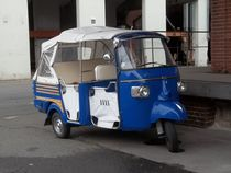 tuktuk front by techdog