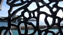 behind the MUCEM's curtain by blackscreen