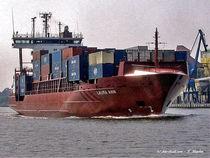 Frachter im Nord-Ostseekanal von shark24