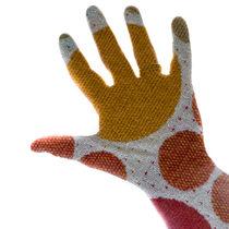 Spots Print Hand von Russell Bevan Photography