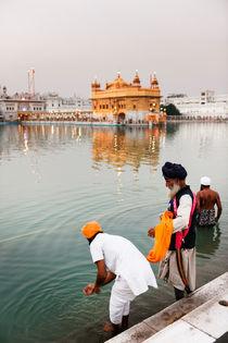 The Golden Temple in Amritsar. von Tom Hanslien