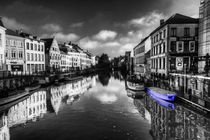Reflections-of-ghent-blue