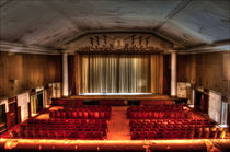 Klein Moskau - Kinosaal II von URBAN ARTefakte