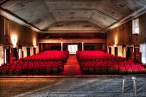 Klein Moskau - Kinosaal I von URBAN ARTefakte