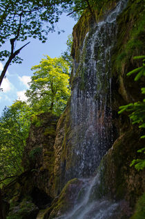 Wasserfall by lisa-glueck