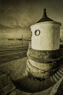 Whitby Round House by Martin Williams