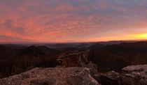 Wegelnburg-Panorama bei Sonnenaufgang by Walter Layher