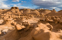 Goblin Valley State Park mushroom rocks, Utah by Tom Dempsey