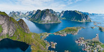 Reine, Reinefjord, Lofoten Islands, Norway by Tom Dempsey