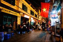 Hanoi Nightlife. von Tom Hanslien