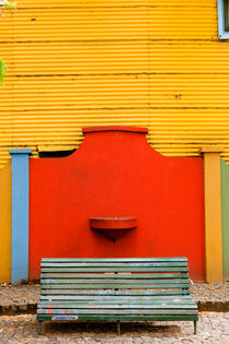 La Boca Bench. by Tom Hanslien