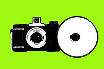 6x6 camera popart green by Les Mcluckie