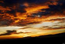 Fire in the sky over Lausanne von Nuno Tendais